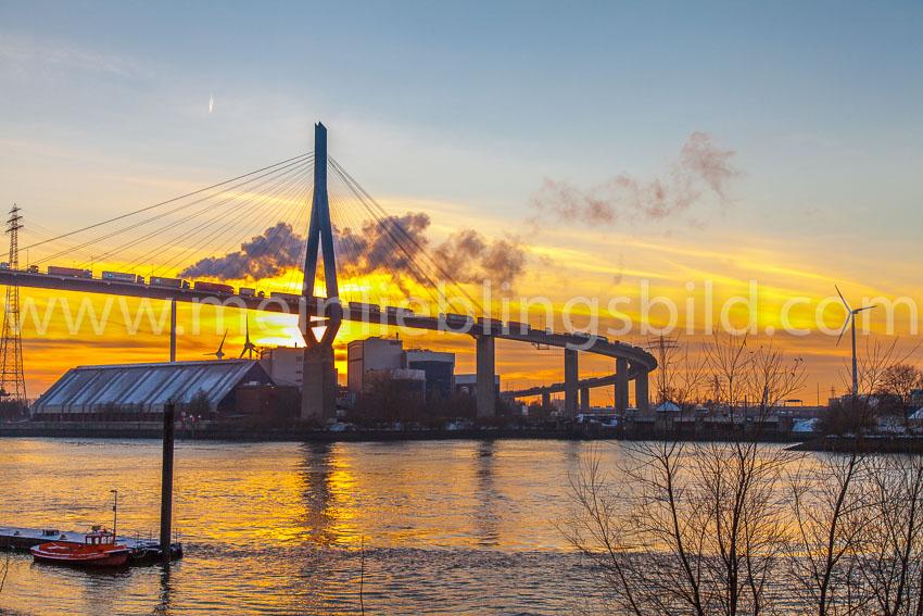 Köhlbrandbrücke Hamburg bei Sonnenuntergang Leinwand, Alu Dibond, Acryl