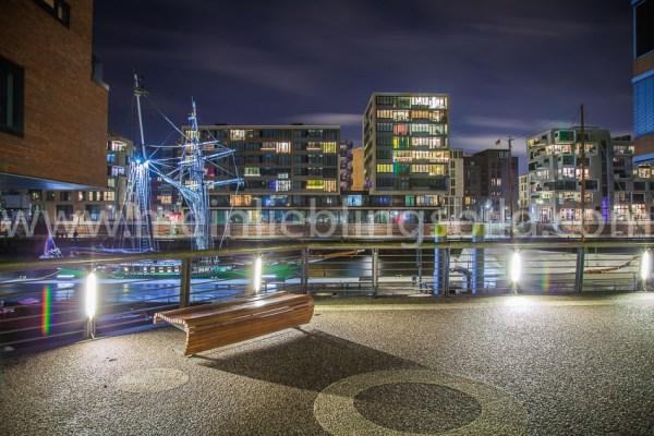 Acryl, Alu Dibond Hamburg Hafencity Leinwand kaufen