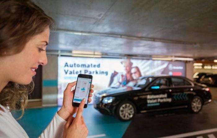 Bosch und Daimler erhalten Zulassung für fahrerloses Parken ohne menschliche Überwachung