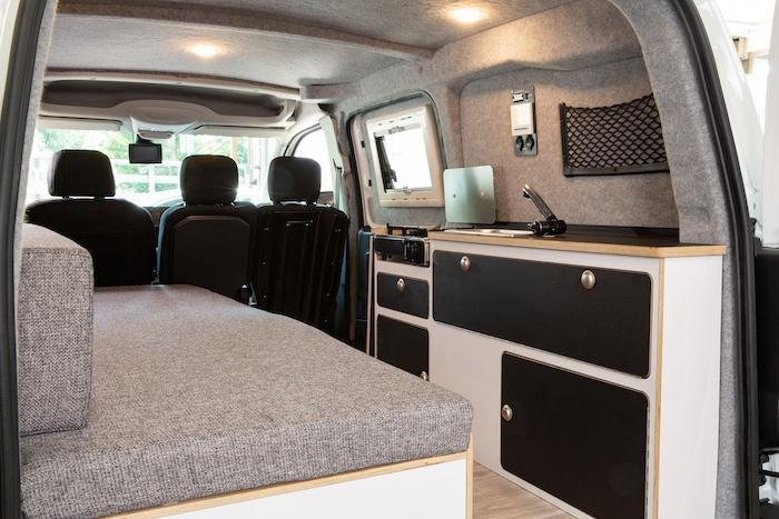 Peugeot Partner Alpin Camper Innenraum