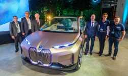 BMW Vision iNEXT feiert Werkspremiere