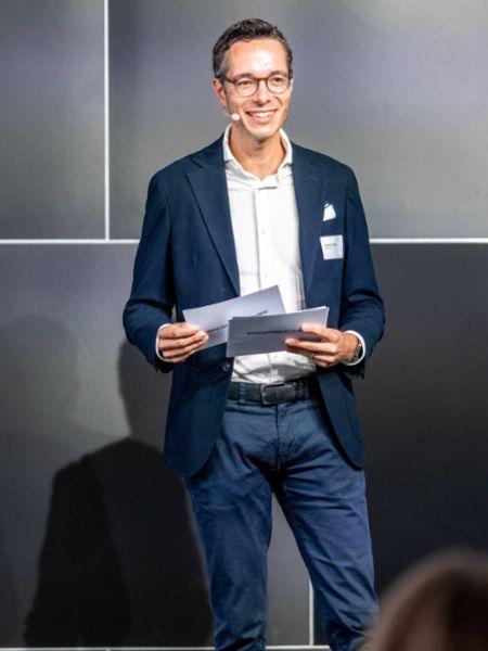 Sebastian Rudolph, Leiter Öffentlichkeitsarbeit, Nachhaltigkeit und Politik, aware_Conference, Berlin, 2020, Porsche AG