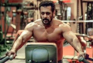 Salman Khan Shirtless Pic