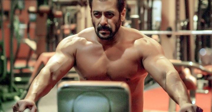 Salman Khan Shirtless Pic