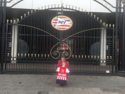 Oost poort PSV tenue