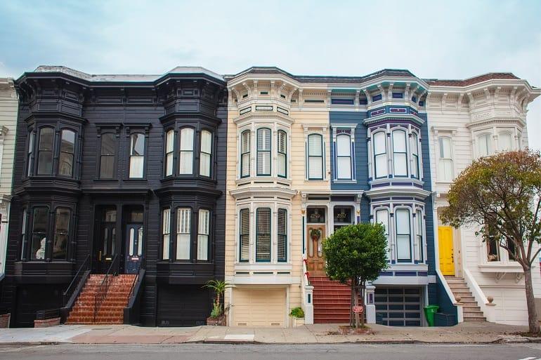 Fassadenfarbe Bunt