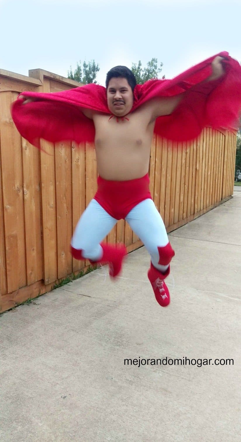Como hacer un disfraz del luchador Nacho Libre casero