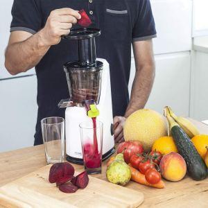 Extractor de zumos de prensado en frío Cecotec Compact C04038 de 120W