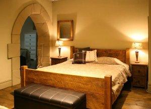 rustic-bedroom__66388_zoom