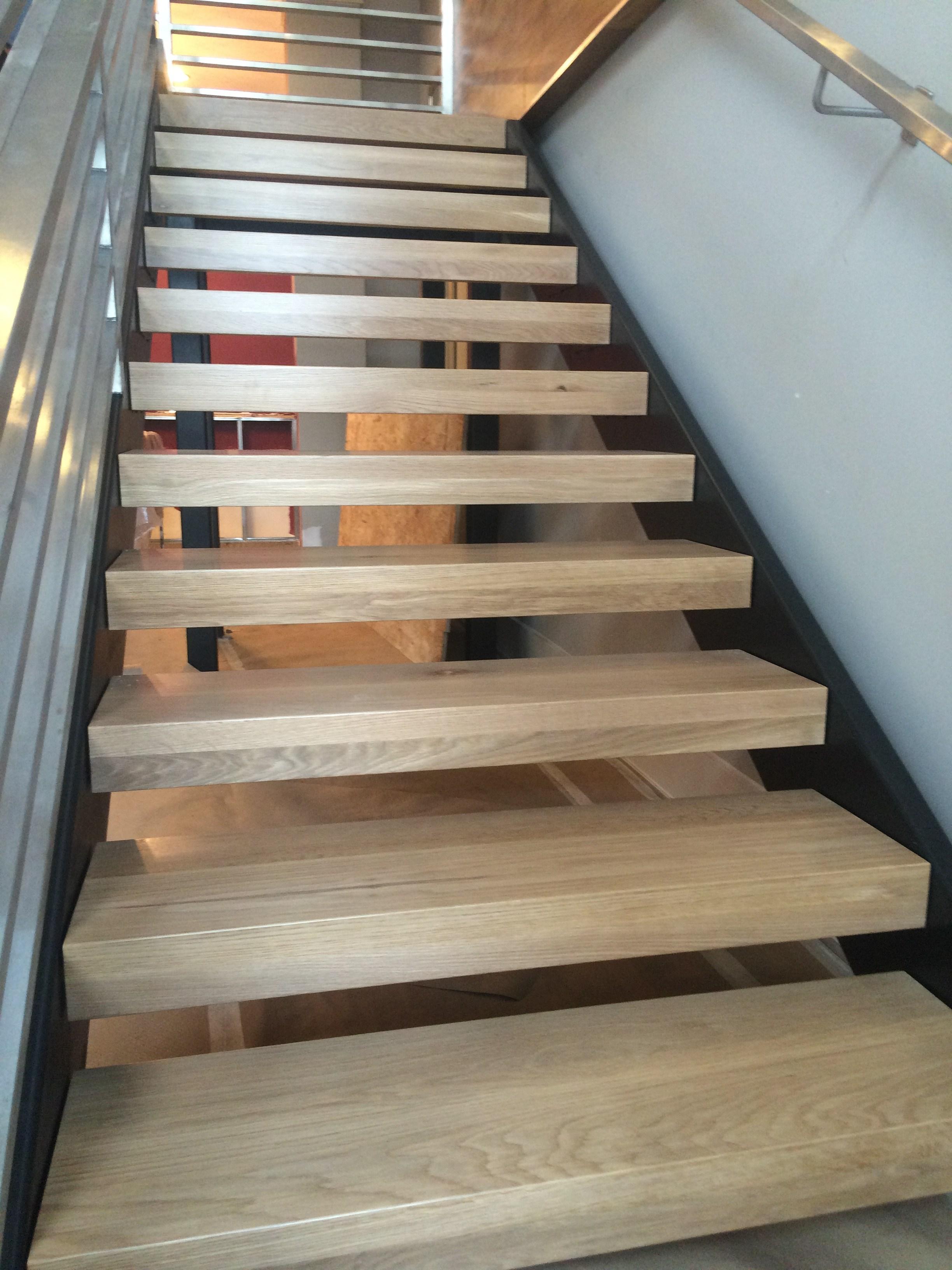 Commercial White Oak Stair Treads – Mekkelek Custom | Custom Oak Stair Treads