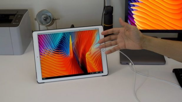 usare un iPad come Touch Bar e display esterno