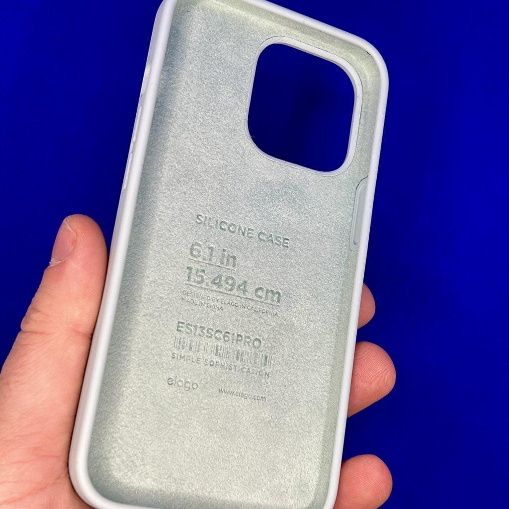 Silicon Case di Elago per iPhone 13 Pro