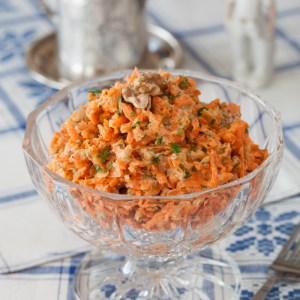 Russian Monday: Carrot Salad with Walnuts & Garlic