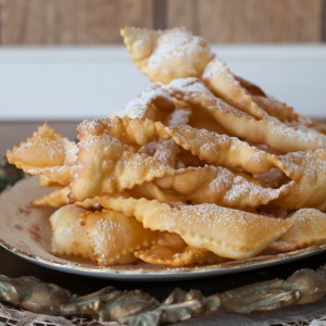 "Russian Monday: ""Khvorost"" - Sugar-Dusted Fried Pastries"