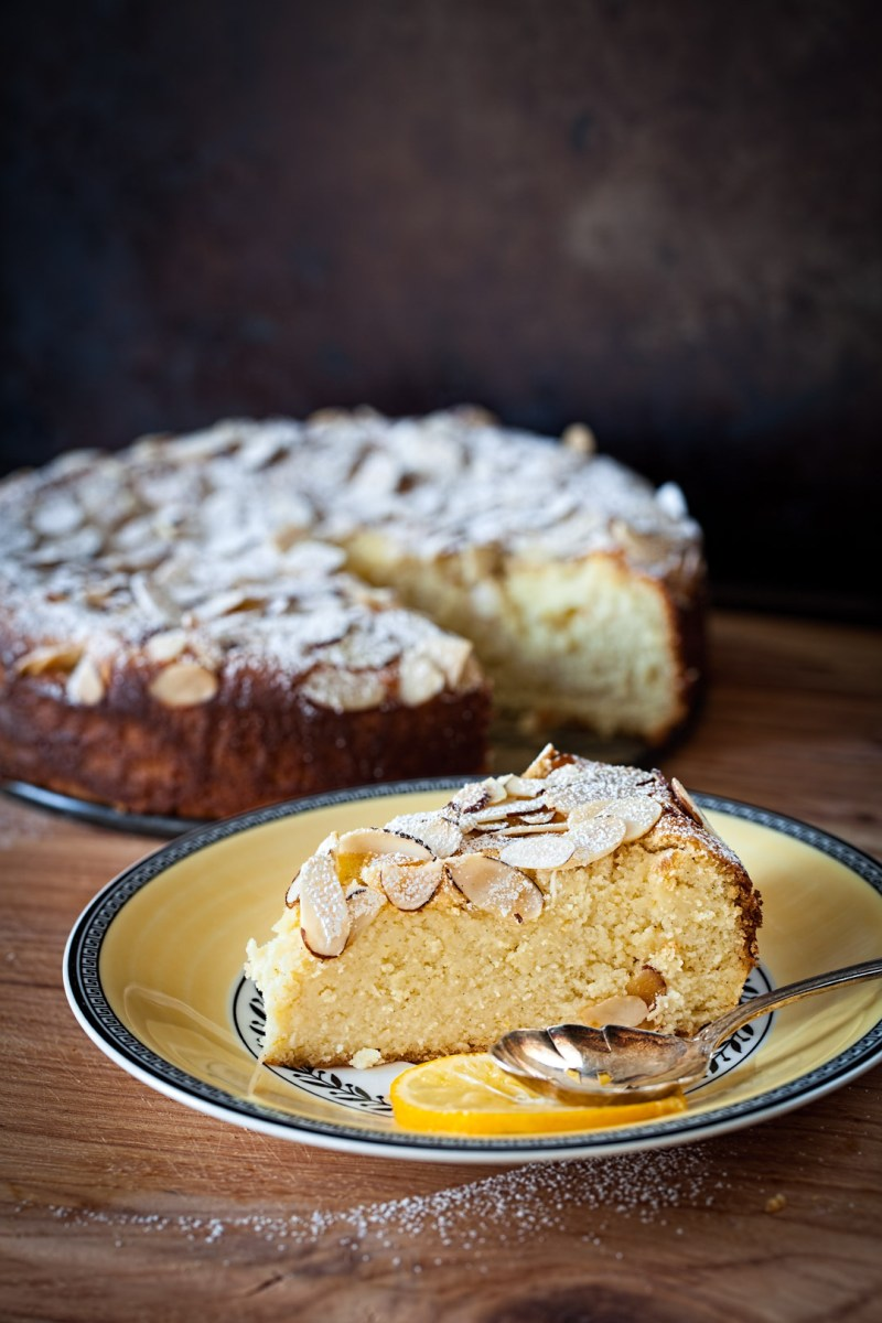Meyer Lemon Ricotta Cake with Almonds (no flour)