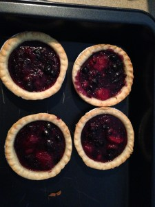 Small Berry Pie Tarts