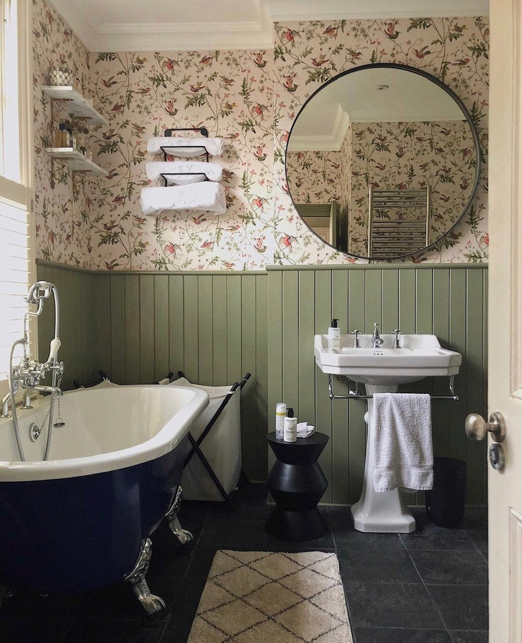 wallpaper, bathroom, panelling, bathroom panelling