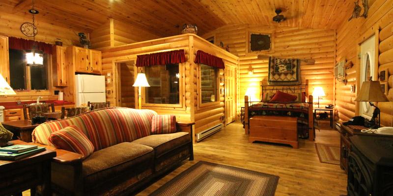 Cozy Lakefront Family Cabin Rentals in Pelican Lake