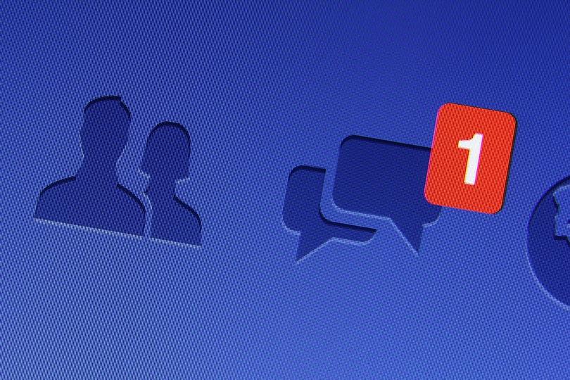 Facebook Yorum Sistemi