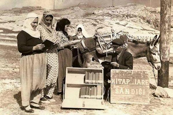 Eşekli Kütüphaneci Mustafa Güzelgöz ve Eşeği