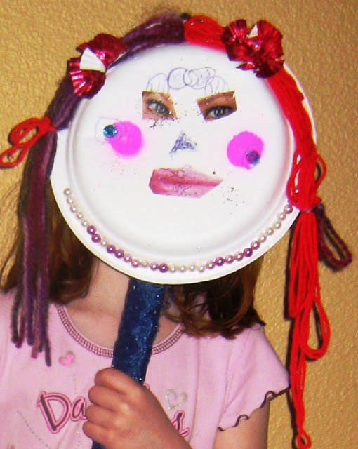 craft idea with paper plates