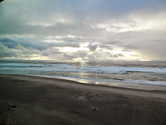Oregon Coast // Lincoln City via @melissakaylene