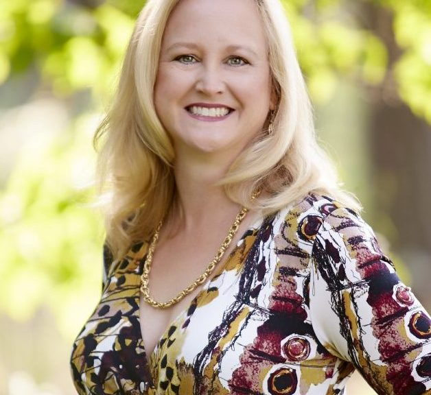 Melissa Klein is a Romance Writer and Novelist