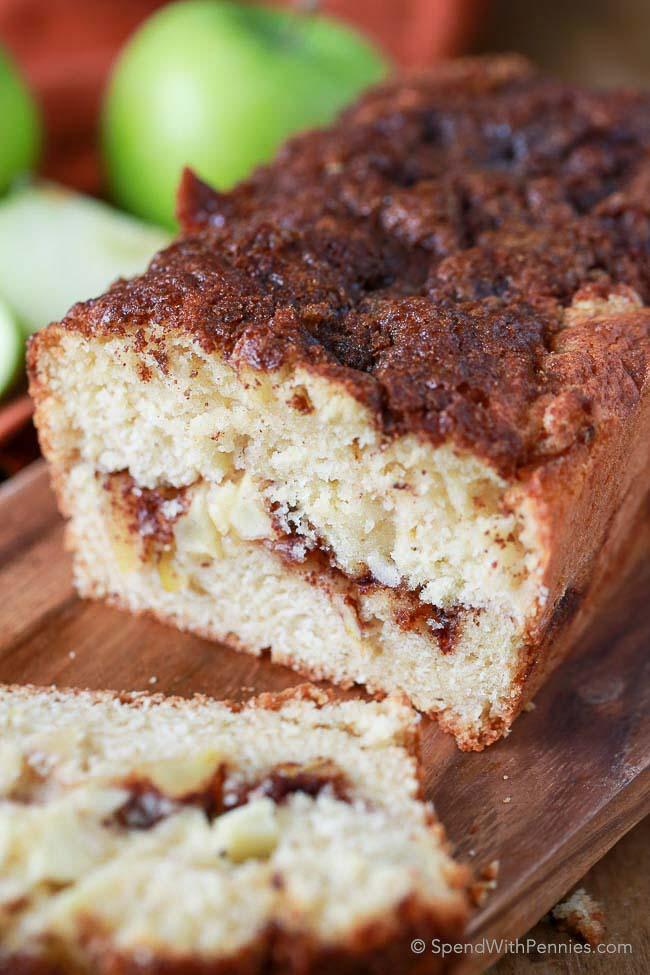 warm-apple-pie-bread