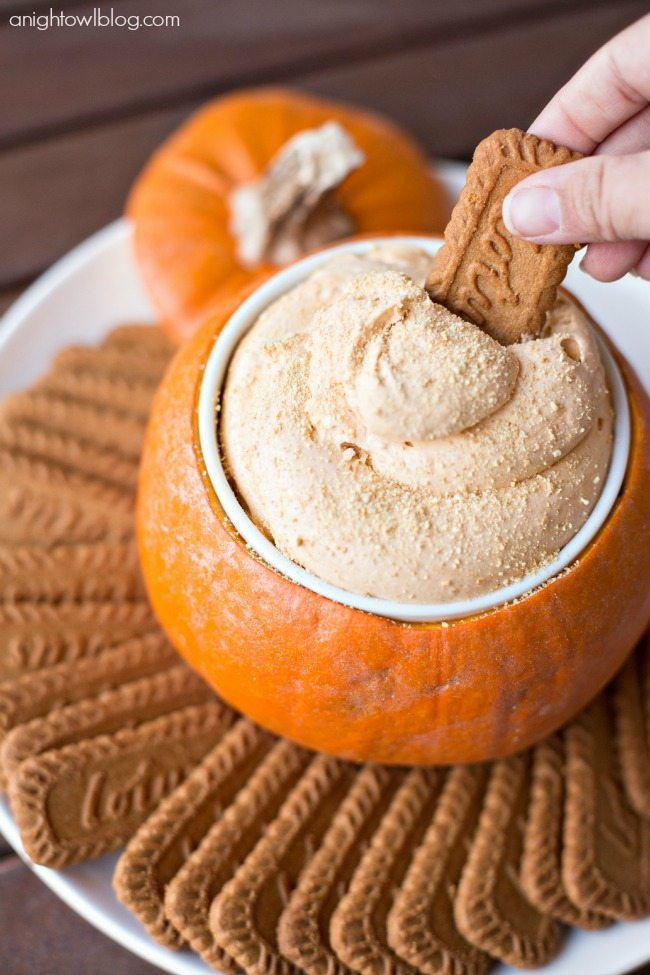 pumpkin-pie-cheesecake-dip