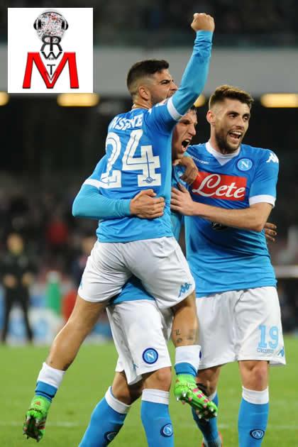 Napoli vs Chievo - Insigne Chiriches Lopez