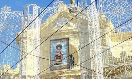 SANTO STEFANO, MIETTECE 'A MANA TOIA (CRITICA AI CRITICI)