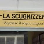 """In tv il primo libraio di Scampia racconta della sua """"Scugnizzeria"""" a Melito"""