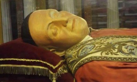 Donata statua di San Vincenzo Romano alla chiesa di Melito