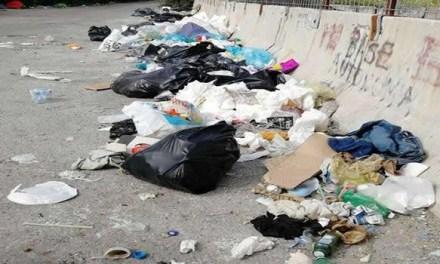 Napoli: Degrado al confine con i comuni della provincia, disastro ambientale