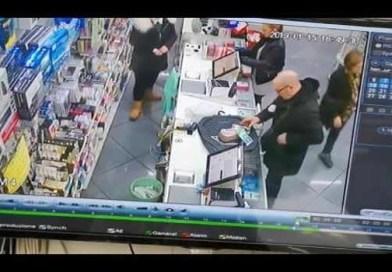 Melito - furto al maxistore