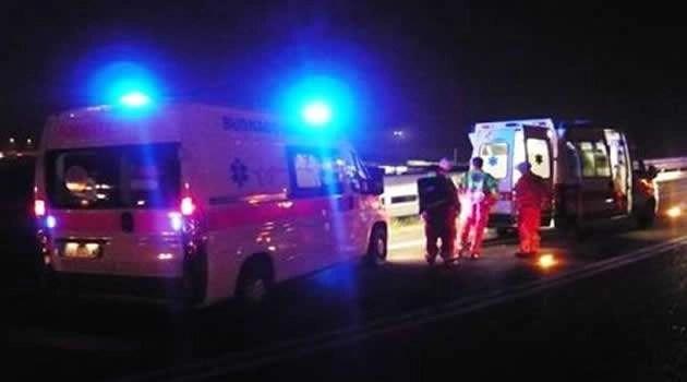 Melito. Incidente tra scooter e auto un morto