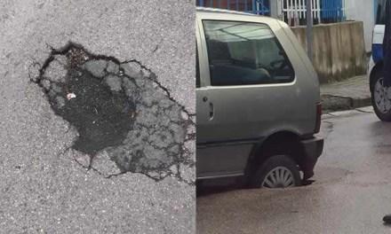Melito: buche che compromettono la sicurezza stradale