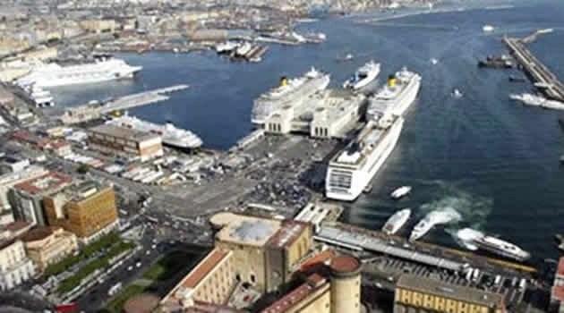 Napoli. I portuali non caricano le armi per Israele
