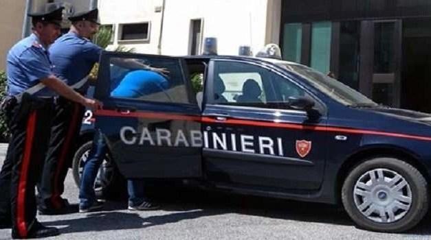 Furti d'auto nell'hinterland napoletano: arrestato un gruppo criminale