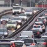 La corsa agli ultimi regali paralizza il traffico nel napoletano