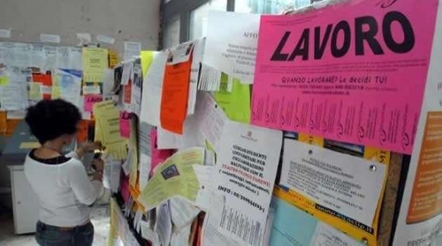 Reddito di cittadinanza. Melito quinta città d'Italia: c'è l'ok della Giunta, ora i beneficiari dovranno lavorare in Comune