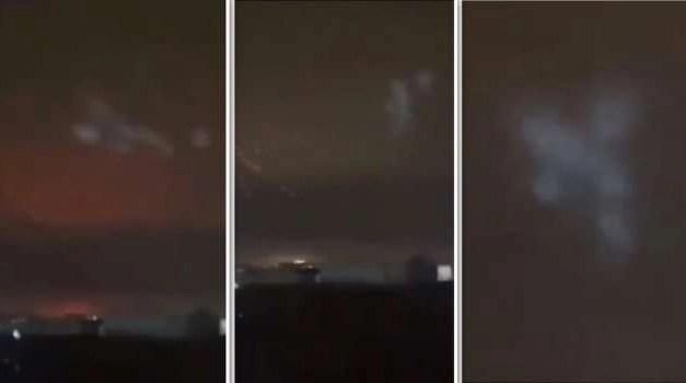 Strani avvistamenti tra Afragola e Casoria: decine di globi apparsi nel cielo