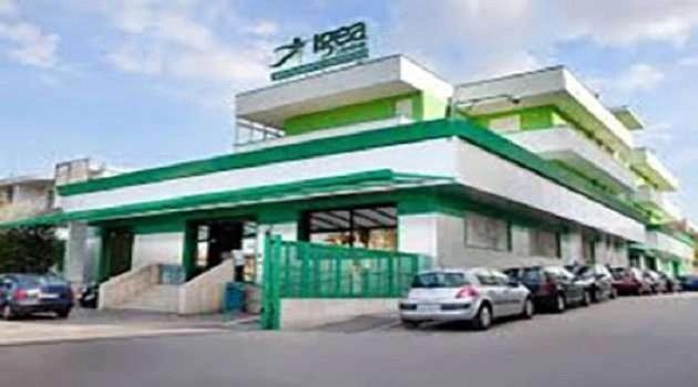 Bomba al Centro Igea. Emergono nuovi dettagli dalle indagini