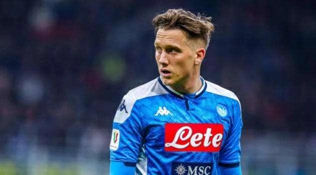 Calcio, Napoli: Zielinski rinnova fino al 2024