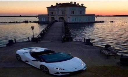 Cultura, Bacoli. Lamborghini sbarca alla Casina Vanvitelliana