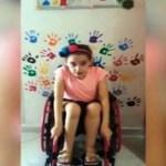 Bimba disabile insignita del titolo di Alfiere della Repubblica, ritorna sui social