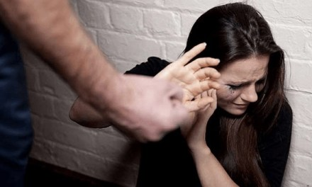 Cronaca, Campania. 45enne aggredisce la convivente: arrestato