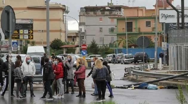 Napoli, cronaca. Grande attesa per l'uscita imminente di una nuova ordinanza regionale