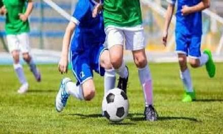 Napoli, cronaca Giovanissimo calciatore in coma sul campo a Piscinola