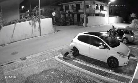 Napoli, cronaca Arrestato ladro di pneumatici a Casoria